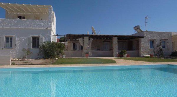 Villa Naousa